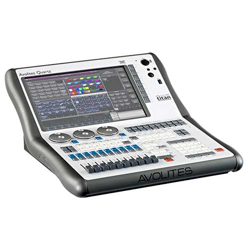 Avolites Quartz Touring Package, Lighting Console with Titan Operating System and Flight Case